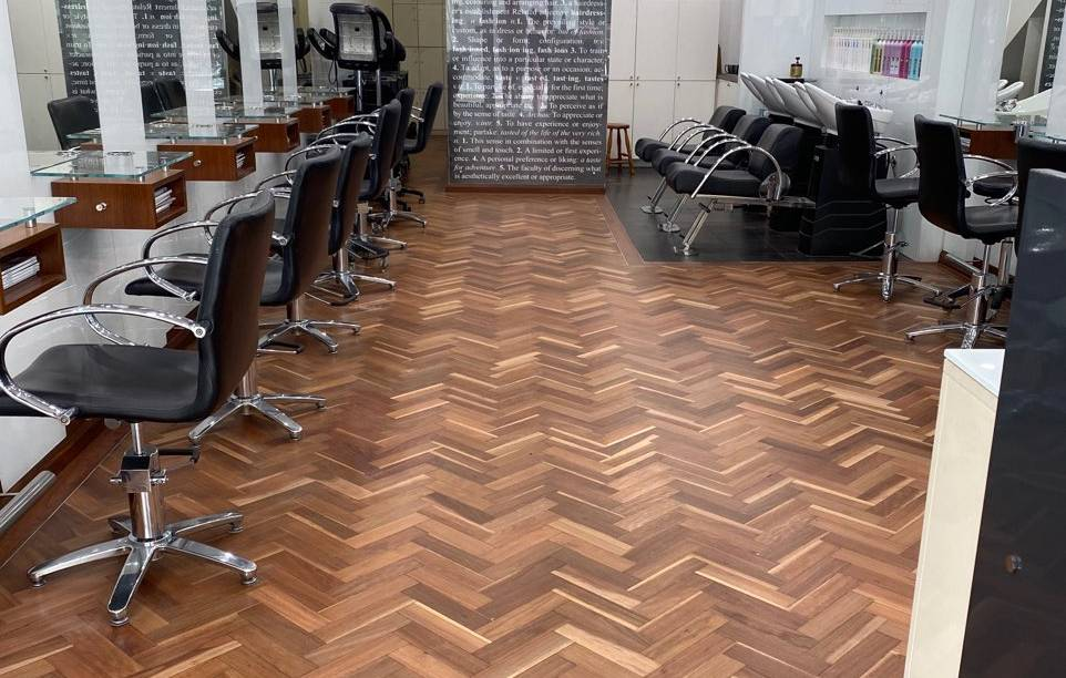 FLOORBOARDS POLISHED AT HAIRDRESSERS
